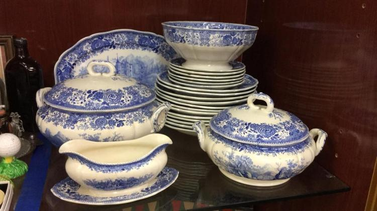 V.B.M Germany Burgenland Porcelain China