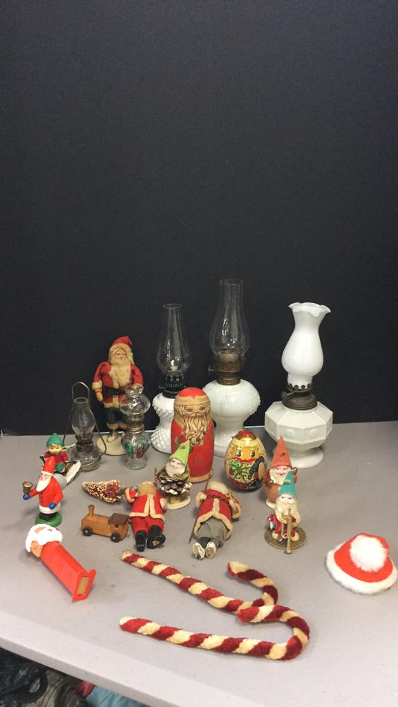 Selection of vintage Christmas items, nesting