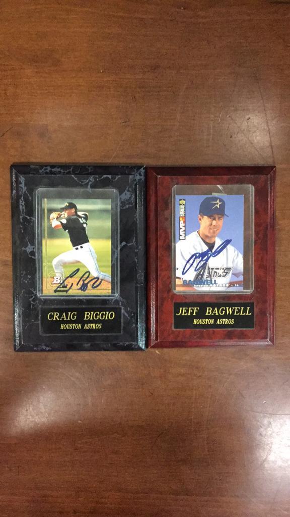 Houston Astros Craig Biggio and Jeff Bagwell sign