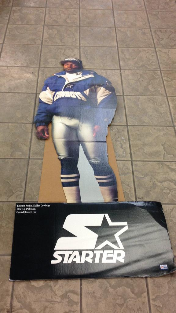 Dallas Cowboys Emmitt Smith with lineup pull over