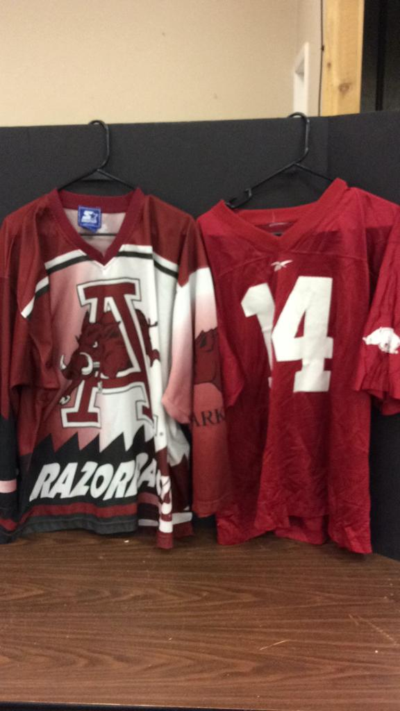 Arkansas Razorbacks Starter Size XL Jersey and