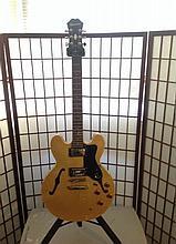 epiphone custom natural semi hollow body guitar cell