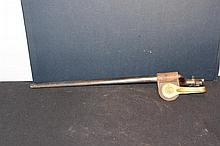 U.S. CAVALRY BAYONET IN EXCELLENT CONDITION COMPLETE W/ BRASS SIDE HOLSTER HANGER 21.5