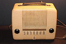 EMERSON TUBE RADIO WORKS PERFECT - CASE IS HEAVY PLASTIC & MINT
