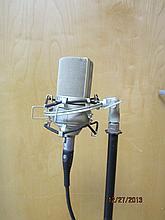 NICE MXL 990 MICROPHONE W/ ADJUSTABLE STAND