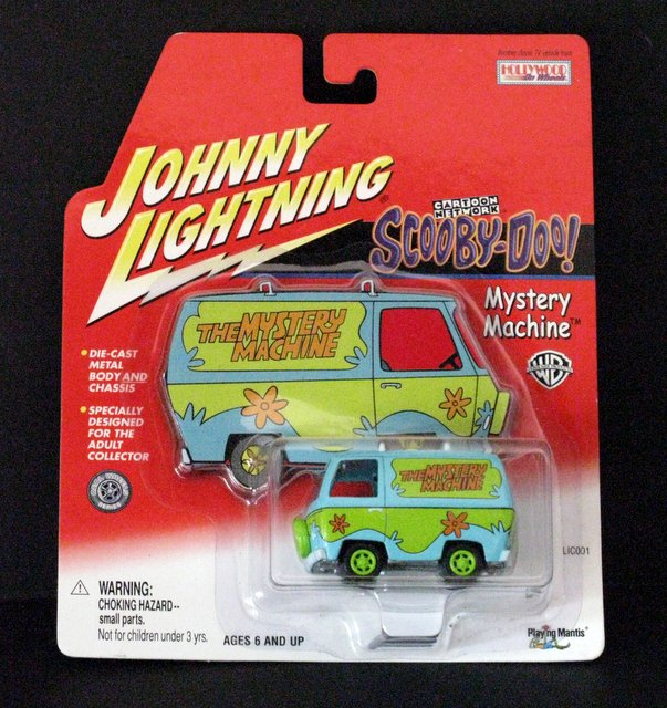 SCOOBY-DOO - JOHNNY LIGHTNING MYSTERY MACHINE DIE-CAST VEHICLE - Johnny Lightning, 2001 - Exact metal replica of Scooby-Doo's the Mystery Machine. 2