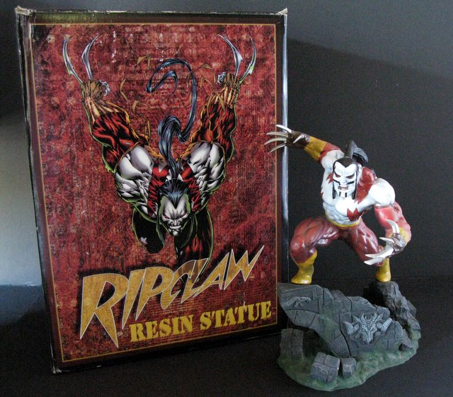 TOP COW COMICS - RIPCLAW - DELUXE PAINTED STATUE WITH BOX - Moore Creations, 1995 - Limited edition, number 1,318/2,500. Measures 12