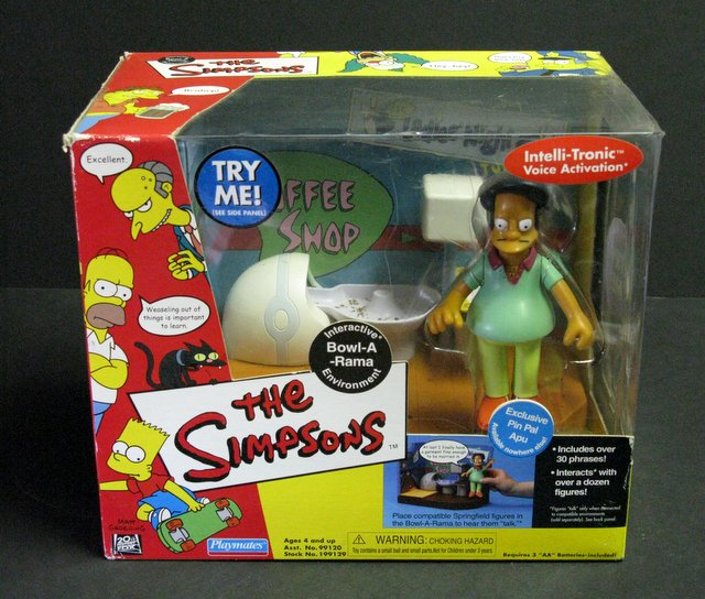 WORLD OF SIMPSONS - BOWL-A-RAMA ELECTRONIC ENVIRONMENT - Playmates, 2001 - Interactive playset allows figures to talk.Features exclusive figure of Pin Pal Apu. Brand new in sealed box.