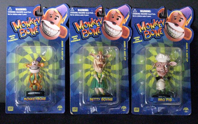 MONKEYBONE - SET OF THREE LITTLE BIG HEAD FIGURINES - Sideshow Toy, 2001 - Set includes Monkeybone, Betty Bovine, and BBQ Pig. All new on sealed cards.