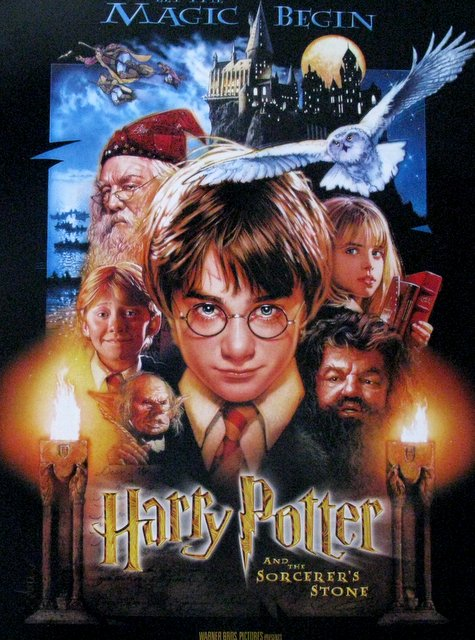HARRY POTTER AND THE SORCERER'S STONE (First Harry Potter Movie) - 2001 - One Sheet Movie Poster - 27