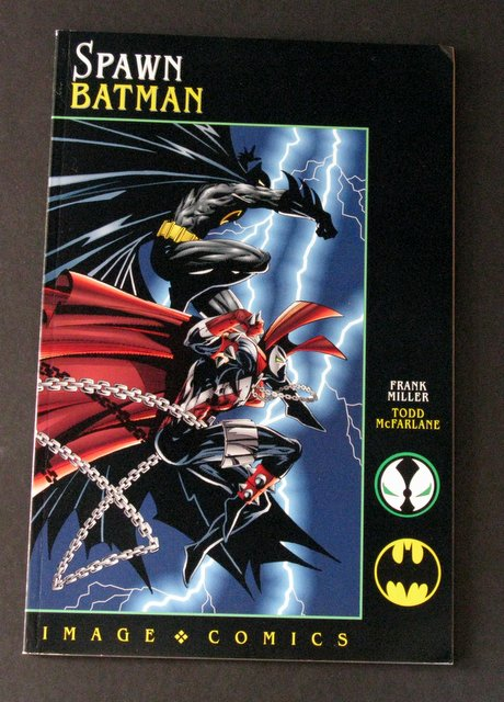 SPAWN AND BATMAN - DELUXE CROSS-OVER COMIC BOOK - Image Comics, 1994 - Limited edition graphic novel of the famous Dark Knight and the infamous Spawn putting their muscles to the test against each other. Near Mint.