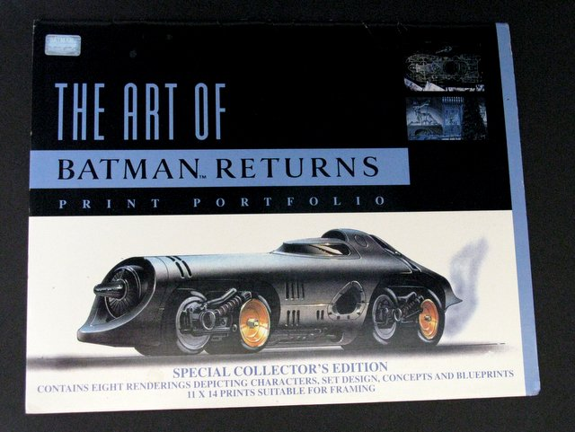 BATMAN RETURNS - LIMITED EDITION PRINT PORTFOLIO - Zanart Publishing, 1992 - Special collector's edition eight movie concept art prints suitable for framing. Each print measures 11