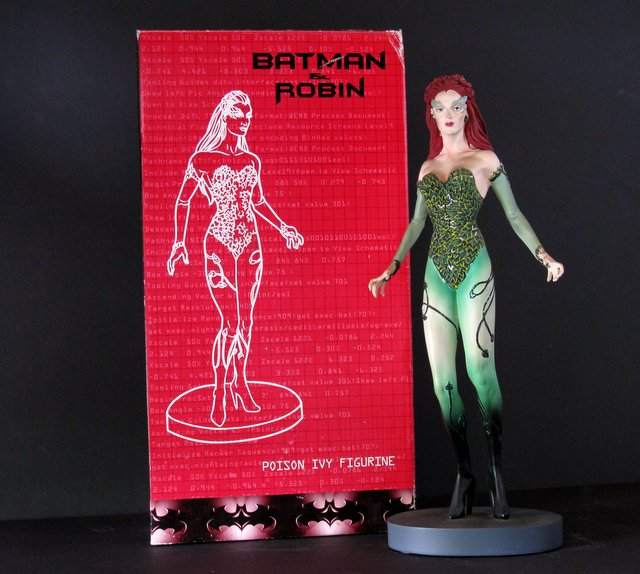 BATMAN AND ROBIN (MOVIE) - POISON IVY PAINTED STATUE WITH BOX - Warner Brother's Studio Gallery, 1997 - Limited edition of 2,500. Measures 12