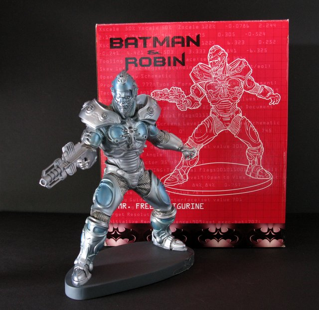 BATMAN AND ROBIN (MOVIE) - MR. FREEZE PAINTED STATUE WITH BOX - Warner Brother's Studio Gallery, 1997 - Limited edition of 2,500. Measures 12