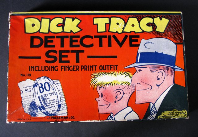 VINTAGE DICK TRACY DETECTIVE SET - J. Pressman & Company of New York, 1935 – Extremely rare original set over 80 years old. The box measures 15 1/4