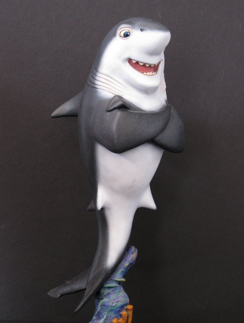SHARK TALE - DON LINO - PRO-PAINTED RESIN MODEL - 2008 - Handsomely sculpted rendition of Robert De Niro's character in
