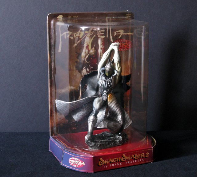 FRAZETTA FANTASY ACTION FIGURE - DEATH DEALER 2 - Warner Bros Toys, 1998 - Statue likeness of Frank Frazetta's dazzling artwork. 8
