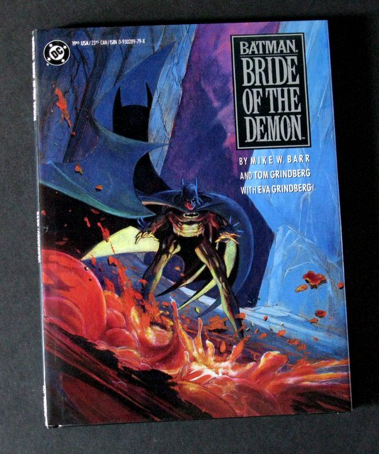 BATMAN, BRIDE OF THE DEMON - DELUXE HARDCOVER GRAPHIC NOVEL - DC Comics, 1990 - Deluxe hardcover graphic novel featuring full color pages and dust jacket. 8 1/2