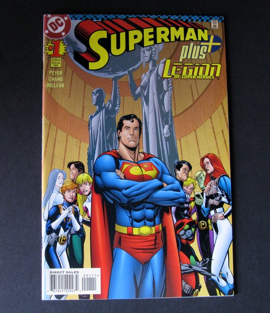 SUPERMAN PLUS THE LEGION OF SUPERHEROES #1 COMIC BOOK - DC Comics - Premier comic of Superman's new legion of super heroes. Excellent.