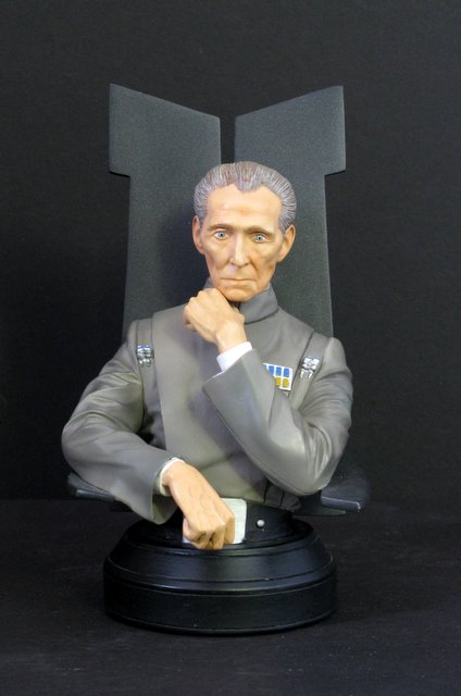 "STAR WARS – GRAND MOFF TARKIN - RARE PAINTED BUST – Gentle Giant Studios, 2003 – Handsomely sculpted miniature bust of the famous commander of the empire. Stands 6 ½"" tall. Like new."