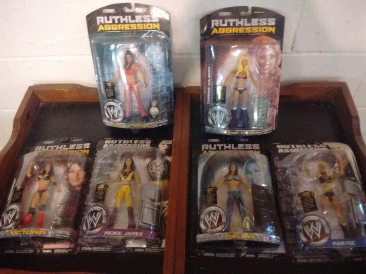 LOT OF 6 WWE RUTHLESS AGGRESSION ACTION FIGURES - WOMEN WRESTLERS STILL SEALED