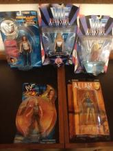 WOMAN ACTION FIGURE LOT TO INC. LATE 90'S EARLY 00'S WWE / WWF WOMEN WRESTLERS & ALIAS TV SHOW FIGURE - ALL NEVER OPENED