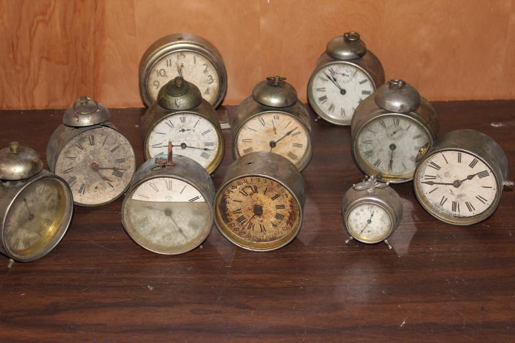 11 BABY BEN BRASS WINDUP CLOCKS FOR REPAIR & PARTS - ALL NONWORKING