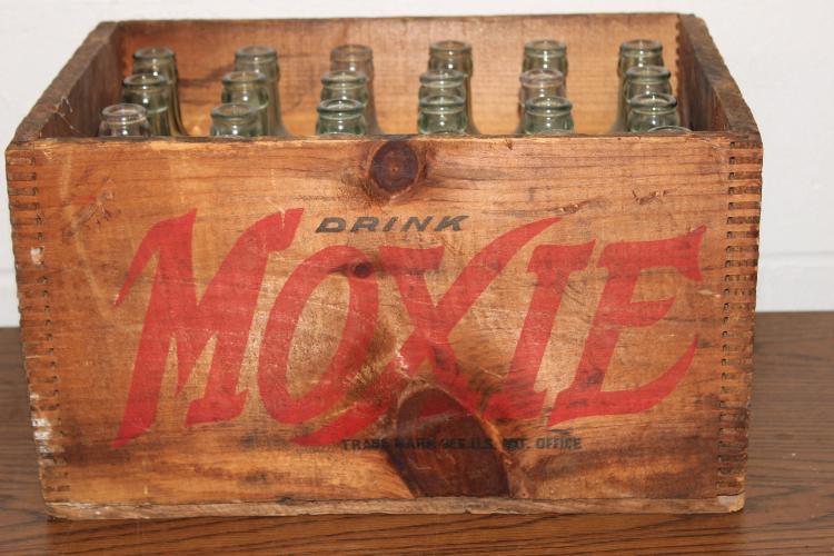 FULL CASE OF MOXIE SODA 7 OZ. BOTTLES IN ORIGINAL CASE VERY GOOD CONDITION