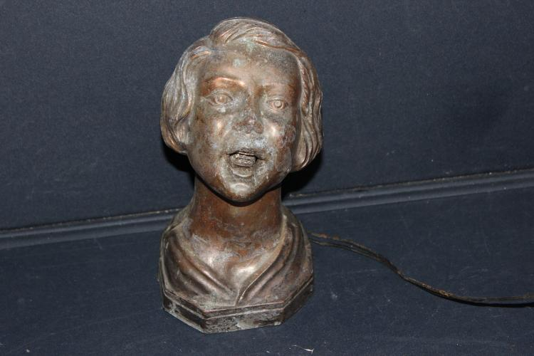 UNIQUE DECO STYLE LADY BUST LAMP - NEEDS NEW WIRING 8