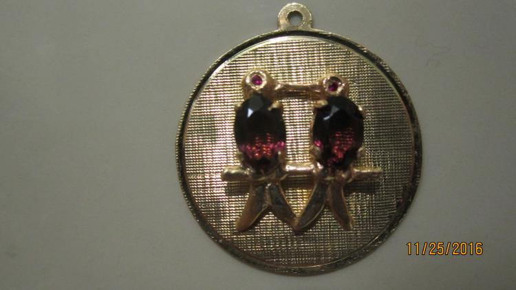 UNUSUAL 14 K YELLOW GOLD TWINS GOLD CHARM EXC. COND 2.4 DWT