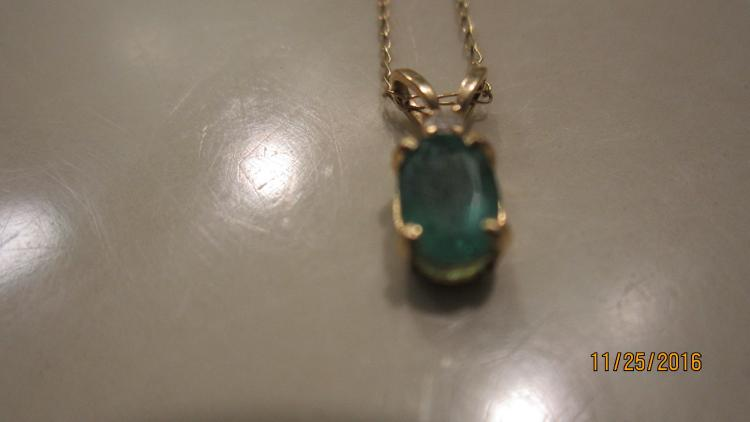 NICE 14 K NECKLACE WITH EMERALD PENDANT AND 20