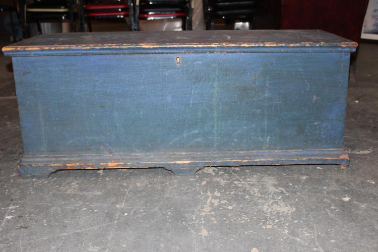 VERY EARLY BLANKET CHEST MOHAWK VALLEY I BELIEVE - ORIG. BLUE PAINT GREAT HANDMADE HINGES - VERY GOOD CONDITION