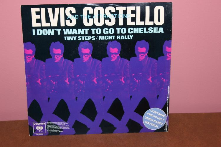 ELVI S COSTELLO AND THE ATTRACTIONS 45- GREAT PICTURE SLEEVE- 4 SONGS 1978 NEAR MINT