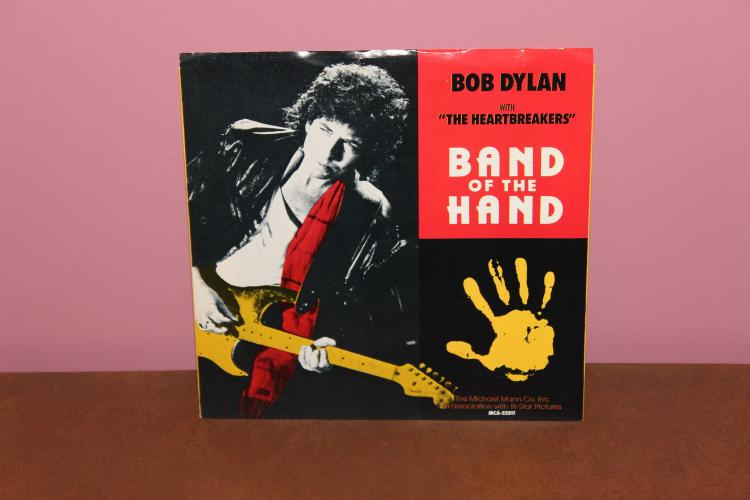 BAND OF THE HAND RECORD BY BOB DYLAN – FROM THE MOVE SAME TITLE PRODUCED BY TOM PETTY – NEAR MINT 1986 MCA RECORDS
