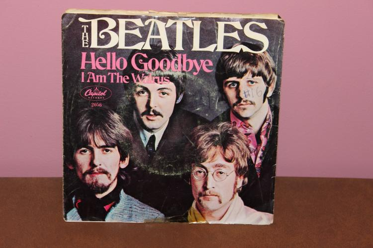 THE BEATLES BY CAPITAL – ORIG. ISSUE – RECORDED IN LONDON 45 VIN Y1 NEAR MINT – COVER LITTLE ROUGH