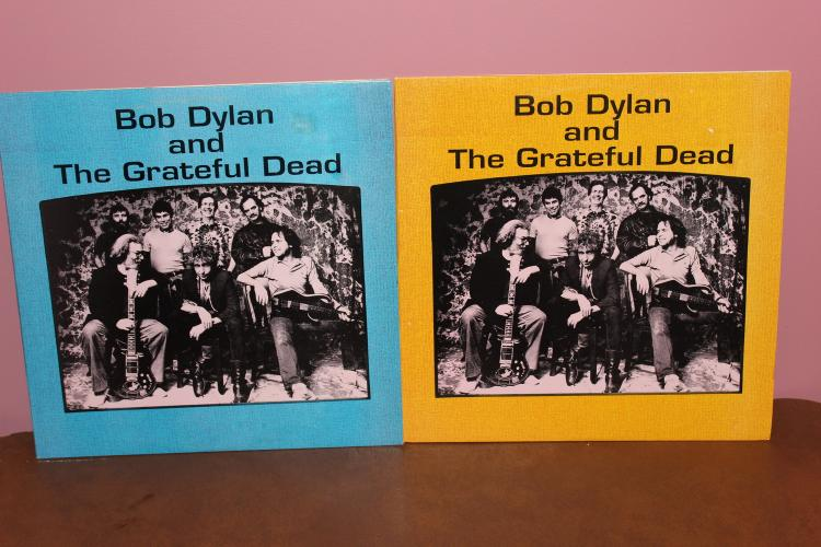 STUDIO SESSIONS BOB DYLAN AND THE GREATFUL DEAD – 2 ALBUM LOT – VOL.# 1 AND 2 VERY RARE UNLABELED – CENTER LABEL HARD TO FIND AND WELL WORTH PRICE – MINT