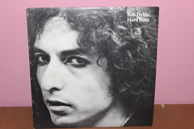 DYLAN HARD RAIN 1976 COLUMBIA RECORDS AL 34349 MINT COND.