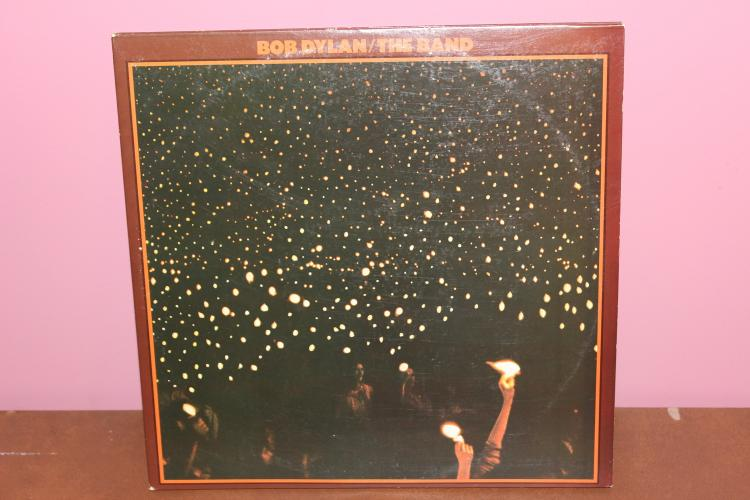 BEFORE THE FLOOD – BOB DYLAN / THE BAND LIVE IN CONCERT 2 RECORD SET – GATE FOLD ALBUM ASYLUM – AB 201 – 1974 NEAR MINT