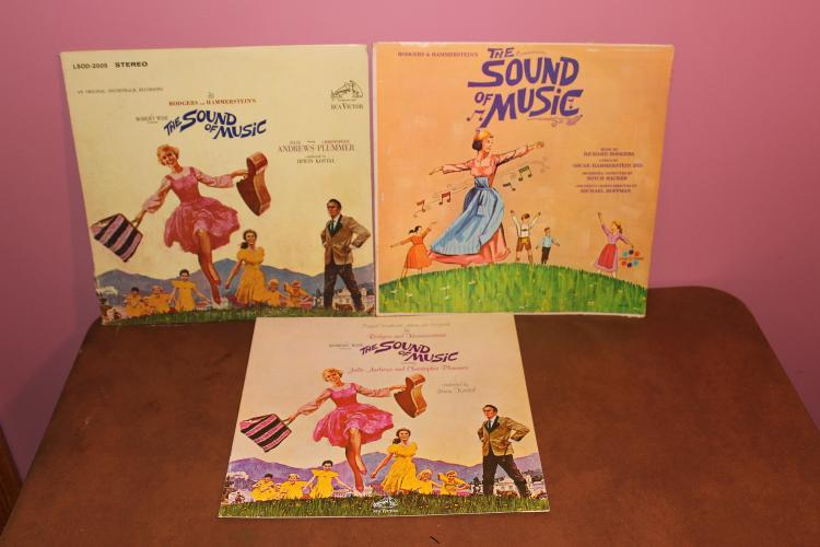 2- RECORD LOT – SOUND OF MUSIC – ORIGINAL R.C.A. SOUNDTRACK W/ STORY BOOKLET- RARE SPINO RAMA – BOTH IN VERY GOOD COND.