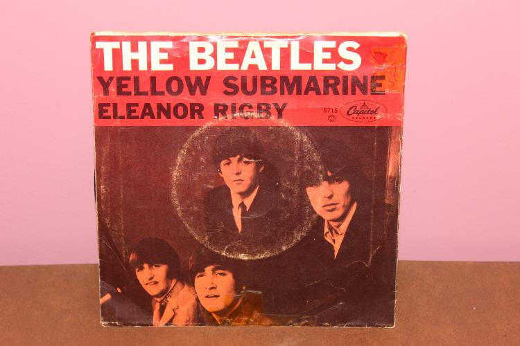 BEATLES – PRODUCED IN ENGLAND – CAPITAL RCORDS 5715 PICTURE SLEEVE 45S
