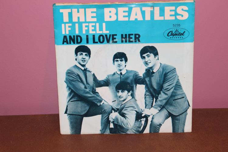 BEATLES – CAPITAL RECORDS 5235 AND I LOVE HER – RECORDED IN U.K. FROM THE MOVIE HARD DAYS NIGHT NEAR MINT