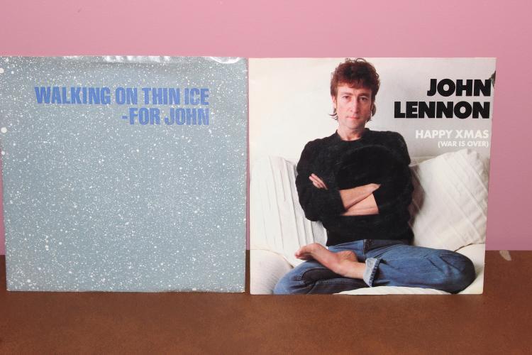 2 RECORD LOT – JOHN LENNON – HAPPY X-MAS – YOKO ONO – IT HAPPENED GEFFEN RECORDS – BOTH NEAR MINT