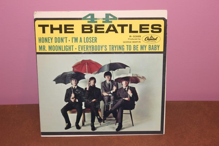 4x4 BEATLES – CAPITAL R-5365 GREAT CARDBOARD SLEEVE RECORDED IN ENGLAND