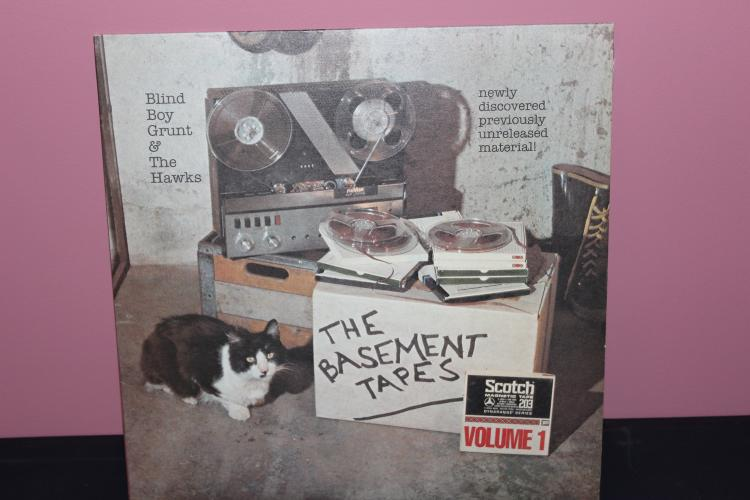 TH BASEMENT TAPES VOL 1 BLIND MAN GRUNT -A.K.A BOB DYLAN WITH HAWKS RECORDED IN UPSTATE N.Y. 1967 2- L.P. SET SURPRISE RECORDS B.D. 1967  MINT