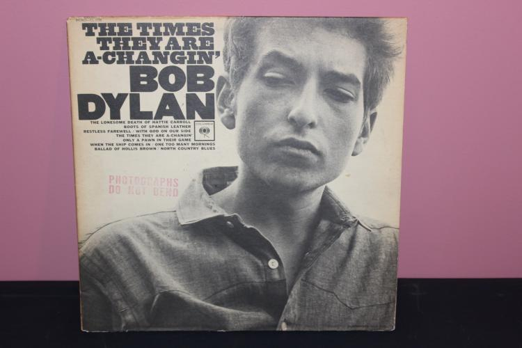 DYLAN THE TIMES ARE  A CHANGING SAME L.P. AS #126 ALBUM SOME WHAT DIFFERENT ALS RED LABEL DIFFERENT – NEAR MINT