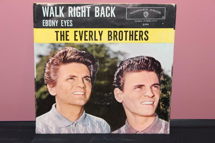 WARNER BROS. RECORDS ORIG. EVERLY BROTHERS WALK RIGHT BACK , EBONY EYES EXC. COND.