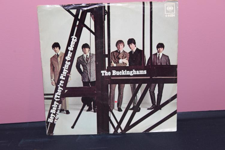 THE BUCKINGHAMS – COLUMBIA 4-44254 VERY GOOD CONDITION