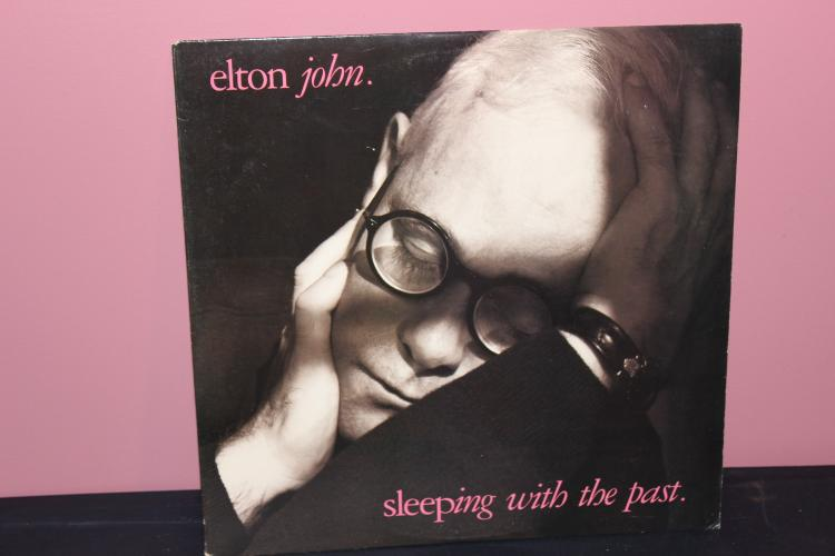 ELTON JOHN L.P.  SLEEPING WITH THE PAST 1989 MCA RECORDS MINT