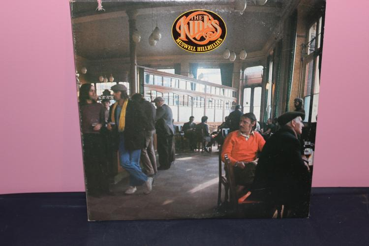 THE KINKS – MUSWELL HILLBILLIES L.P. RCA VICTOR NEAR MINT