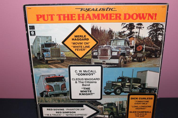 SONGS OF THE OPEN ROAD - MUSIC FOR TRUCKERS - 1976 CAPITAL LP - LIKE NEW
